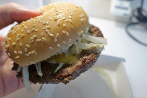 geneva-mcdonalds/ハンバーガーの肉