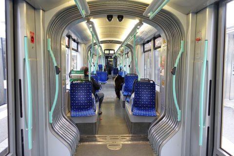 geneva-tram/車内