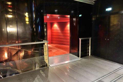 lyon-opera/客席入口