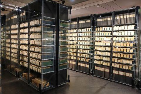 redcross-museum/名簿保管