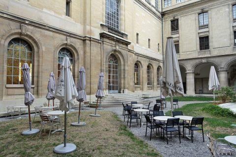 Musee-d-art-et-d-histoire-geneva/カフェ