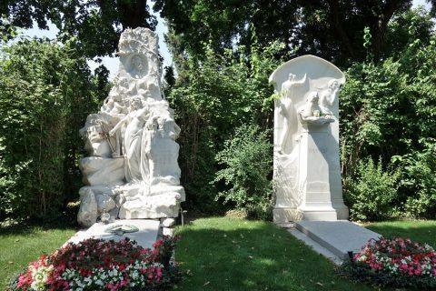 Wiener-Zentralfriedhof/シュトラウスとブラームス