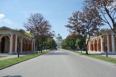 Wiener-Zentralfriedhof/メインストリート