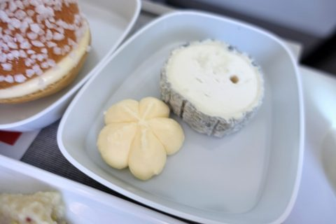 チーズとバター/エールフランスビジネスクラス