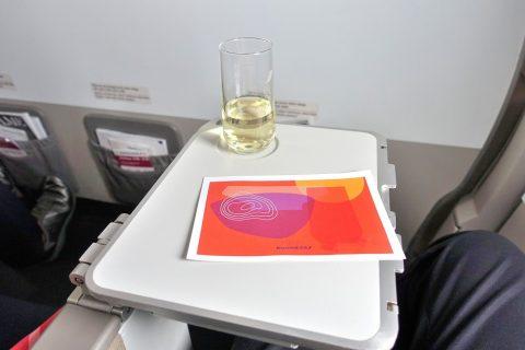 airfrance-businessclass-geneva-paris/機内食とシャンパン