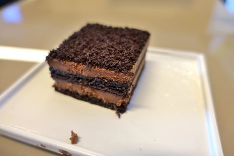 airfrance-lounge-afternoon-snack/チョコレートケーキ