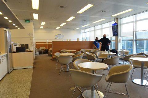 geneva-airport-lounge/ラウンジ奥