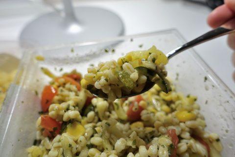 ジュネーブのスーパーのサラダ