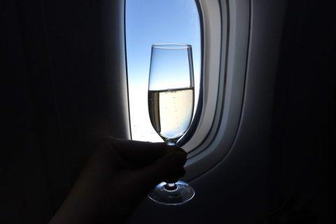 jal-firstclass-domestic/シャンパンの価格