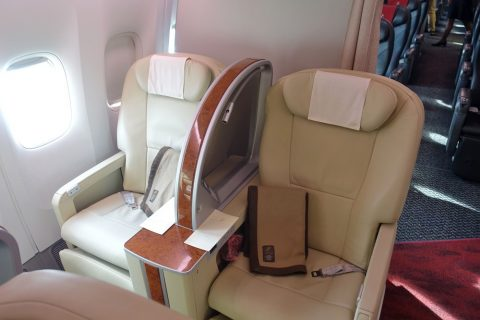 JAL国内線ファーストクラスシート2K