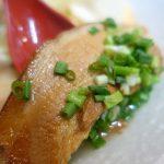 【琉球麺屋かりゆしそば】700円の三枚肉そばが絶品!高いけど美味しい店