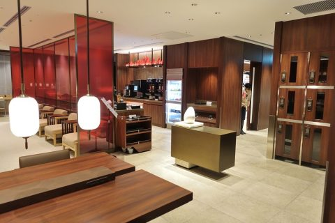 naha-diamond-premier-lounge/エントランスホール