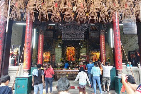 chua-ba- thien-hau/祭壇
