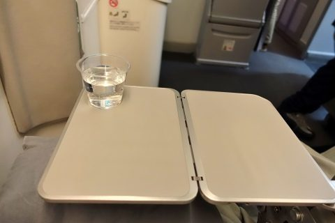 jal-economyclass-meal