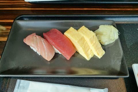narita-jal-firstclass-lounge-3f/寿司Barのマグロと玉子