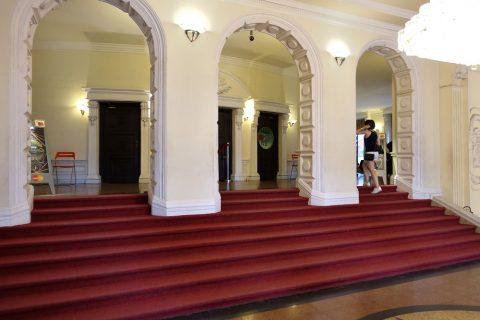 saigon-opera-house/1階客席入口