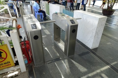 saigon-water-bus/改札機