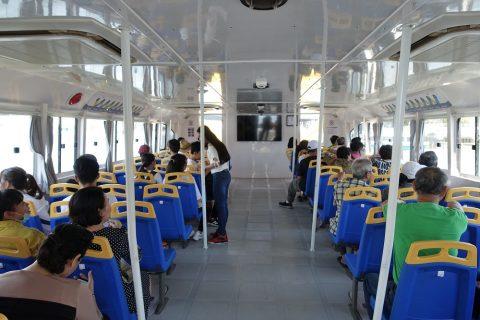 saigon-water-bus/船内
