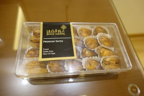 choc-and-nuts/Noor Al Fajerのデーツ