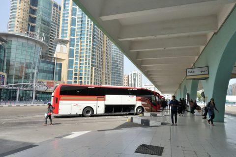 アブダビバスターミナルの発着所