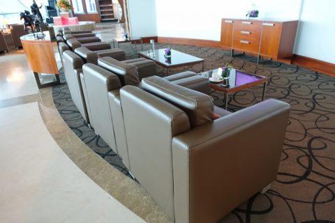 dubai-c-firstclass-lounge/ソファー