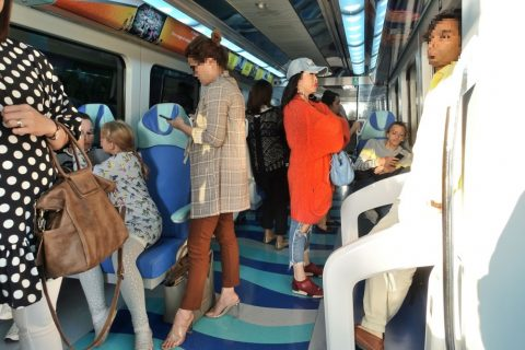 dubai-metro/ゴールドクラスの混雑