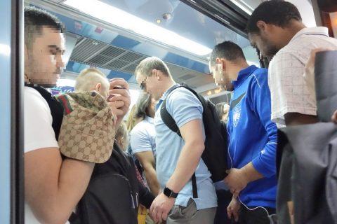 dubai-metro/金曜日の混雑