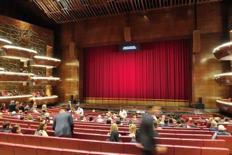 dubai-opera/ステージと客席