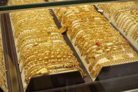 dubai-souq/金の腕輪