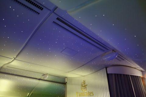 エミレーツ航空の星空