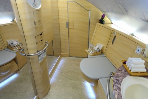 emirates-firstclass-a380/シャワールーム