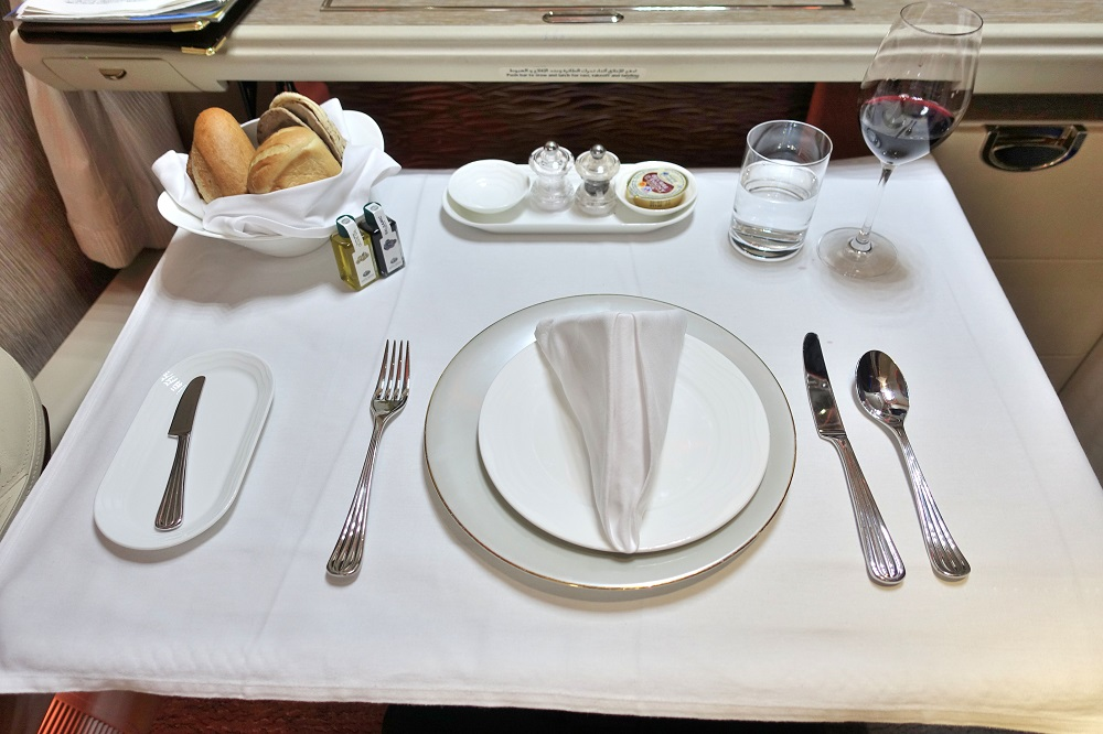emirates-firstclass-b777-new-seat (133)