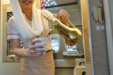 emirates-firstclass-b777-new-seat/アラビックコーヒー