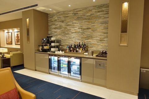 narita-emirates-lounge/ドリンクコーナー