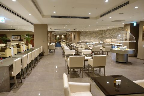 narita-emirates-lounge/ダイニング