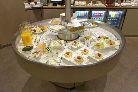 narita-emirates-lounge/サラダ類