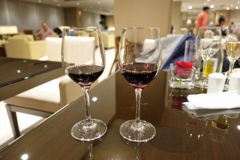 narita-emirates-lounge/赤ワイン