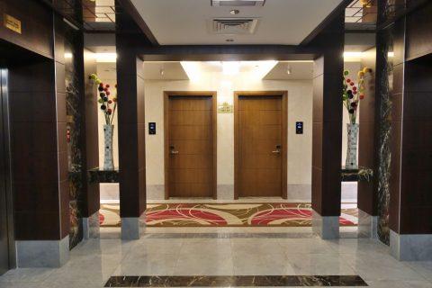 rose-park-hotel-al-barsha/エレベーターホール