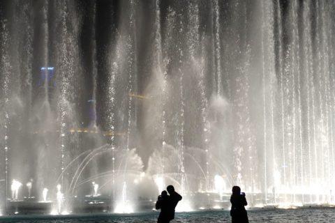 Dubai-Fountain/ボードウォークから噴水までの距離
