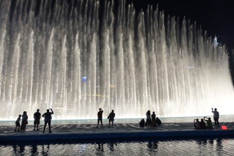 Dubai-Fountain/高さ