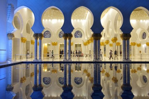 Sheikh-Zayed-Mosque/夜の回廊