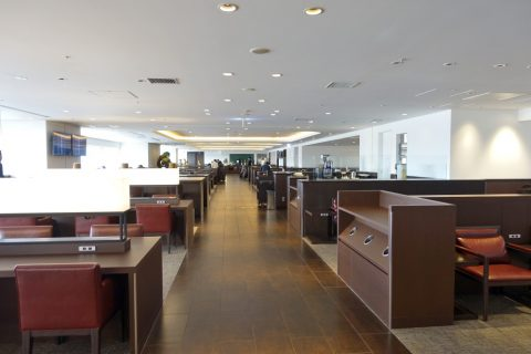 diamond-premier-lounge/座席数