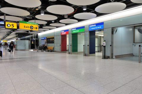 heathrow-airport-t4/税関