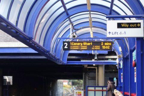 london-DLR/運転間隔