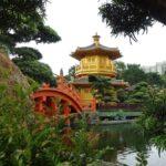 黄金の塔は見る価値あり?香港の寺院「志蓮浄苑」と南蓮園池