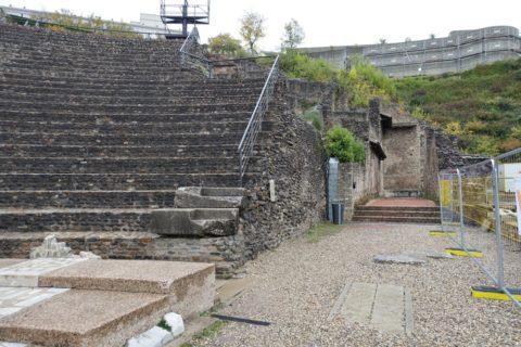 lugdunum-musee-et-theatres-romains/ローマ劇場横