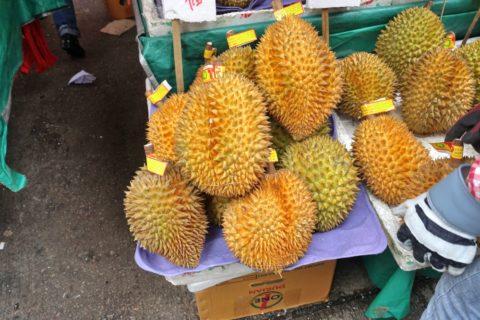 mongkok-market-hongkong/ドリアンの食べ方