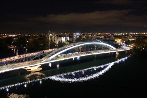 musee-des-confluences-lyon/夜景