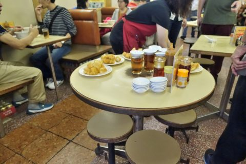 nathan-congee-and-noodle-hongkong/揚げパン作り置き