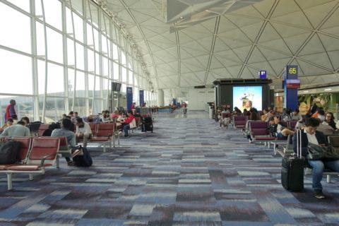 香港空港65番ゲート